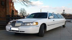 Limousine Service Poznan | Lincoln Town Car 120